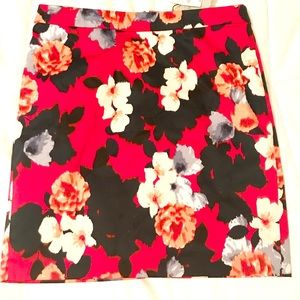J Crew Floral Pink Pencil skirt. 10P NWT